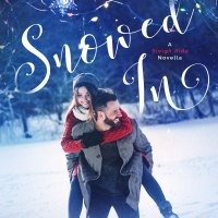 She might just discover there's a little bit of Christmas magic waiting for her #holidayromance @Siren_Press